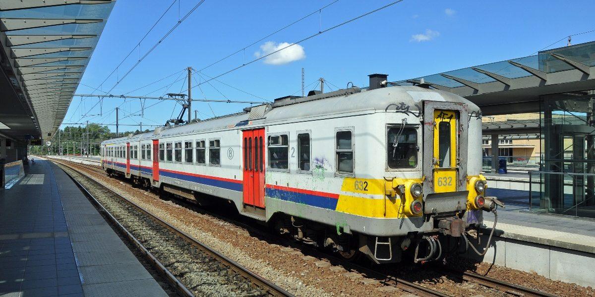 Un certain nombre de gares ne seront en revanche pas desservies du tout tandis que la plupart des « P », les trains supplémentaires destinés aux heures de pointe, ne seront pas sur les rails.