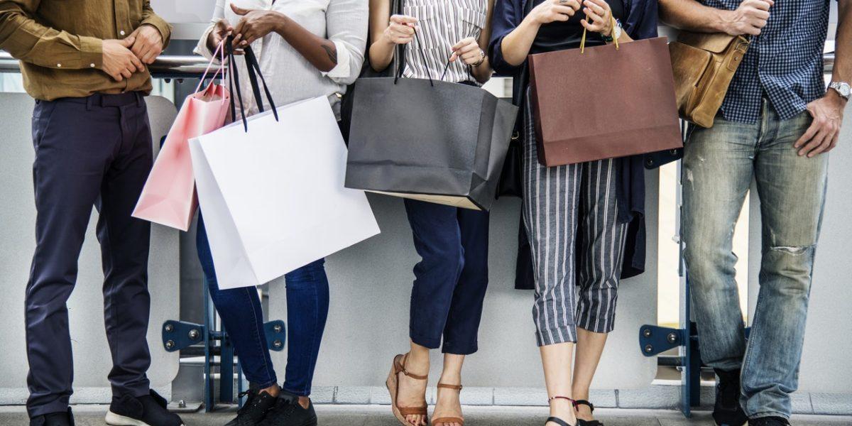 Par ailleurs, les ventes privées sur internet se sont démocratisées, créant des « jours de soldes » assez réguliers.